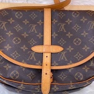 Louis Vuitton Bags - 💎✨LIKE NEW✨💎Crossbody